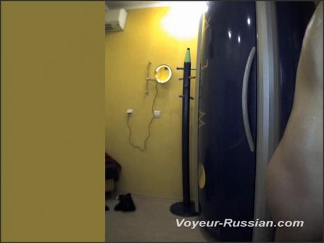 voyeur-russian_LOCKERROOM-voyeur-russian_LOCKERROOM_120311