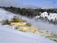 alltheportal-net_mammoth-hot-springs-yellowstone-national-park.jpg
