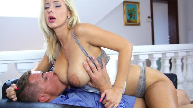 SexyHub.com-Romantic Fuck for Leggy Blonde MILF